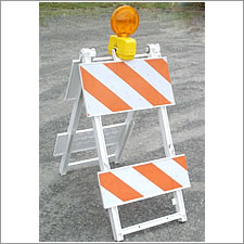 USA Sign TYPE I BARRICADES
